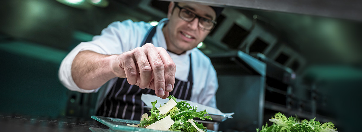 A career in gastronomy? Work at Compass Group